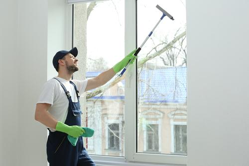 Переваги мийки вікон